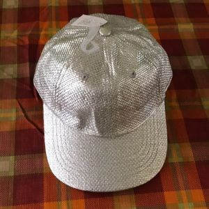 Time and tru silver hat